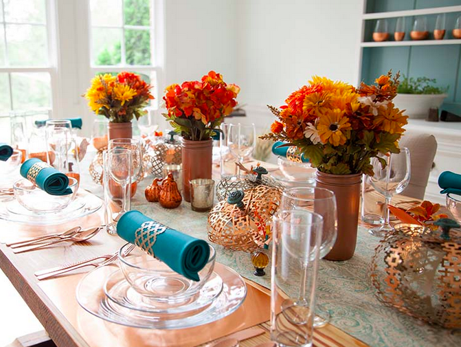 Teal and Orange table
